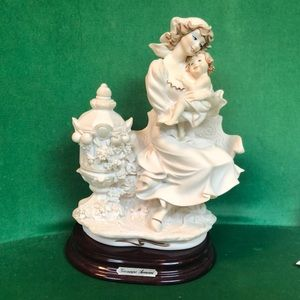 Giuseppe Armani Italian Statue